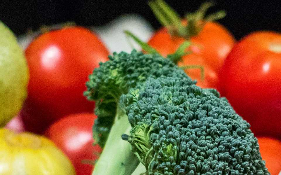 Broccoli and tomatoes can be used to make flavorful and healthy homemade soups. (Photo by Steven Trousdale via FreeImages)