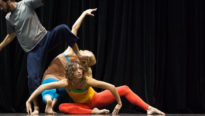 Patricia+Rincon+Dance+Collective+dancers+%28left+to+right%29+Paul+Laurey%2C+Kenna+Crouch+and+Sarah+Navarette+perform+a+piece.+%28Courtesy+photo+by+James+Carmody%29