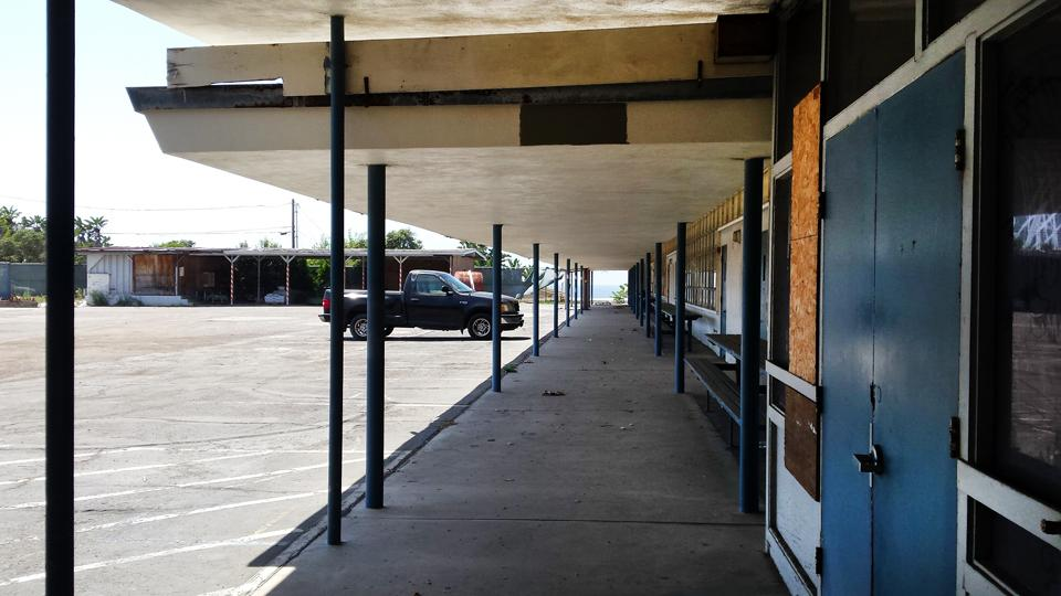 Although the former Pacific View Elementary School campus in Encinitas, pictured in August 2015, remains empty for now, the city is moving forward with plans for its renewal. (NCC file photo by Susan Whaley)